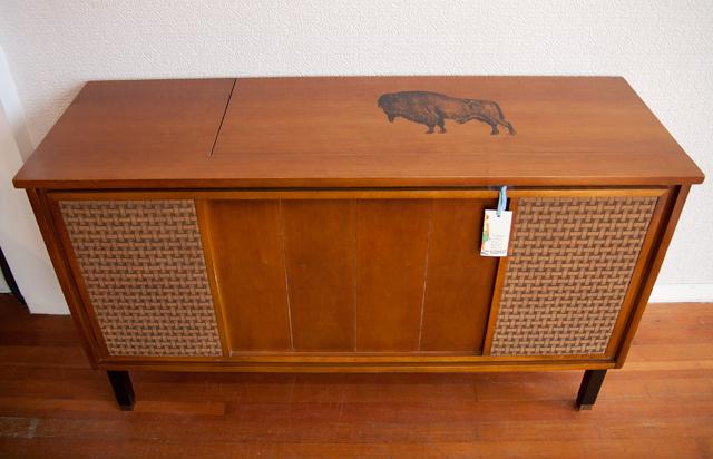 Marvelous Jan Of Modhaus Repurposed The Vintage Stereo Cabinet Into A Sleek Storage